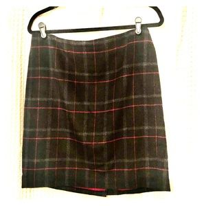 TALBOTS NWOT Plaid wool blend lined skirt size 10P